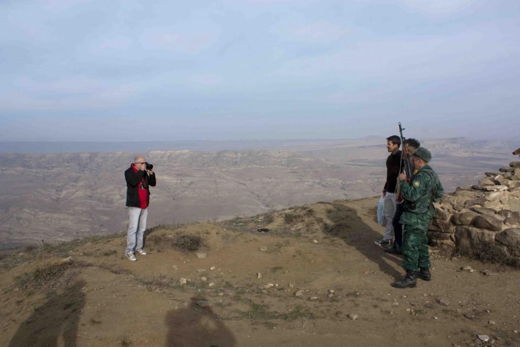 Фото на память с азербайджанскими пограничниками